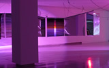Haegue Yang, Moldaketa sentiberen saila- itzalik gabeko ahotsa hiruren gainean (2008). Site-specific instalazioa. Desberdintasun simetrikoa, sala rekalde, Bilbao. Fotografía: Begoña Zubero. (4)